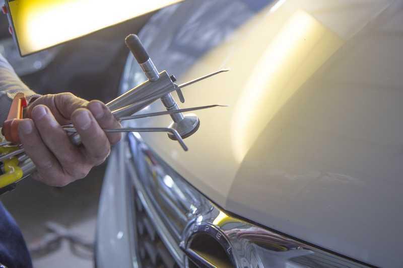 Фото инструментов для беспокрасочного удаления вмятин АвтосервисПрофи