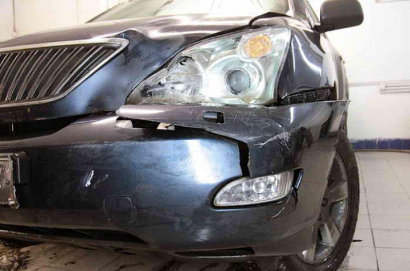 Фото поврежденного бампера